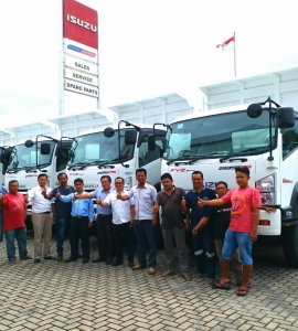 Dealer Isuzu Padang
